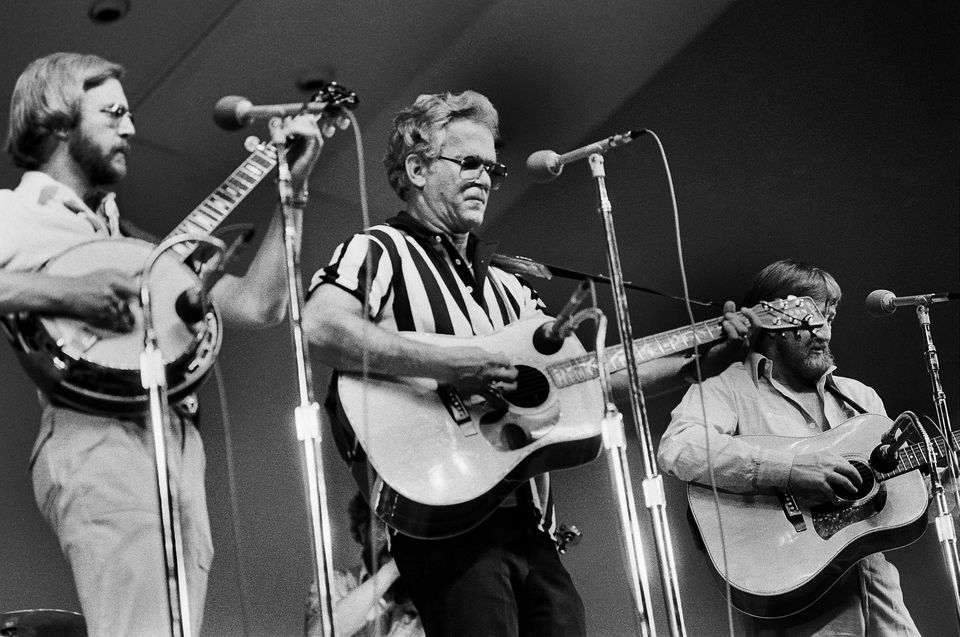 Kingston Trio performing