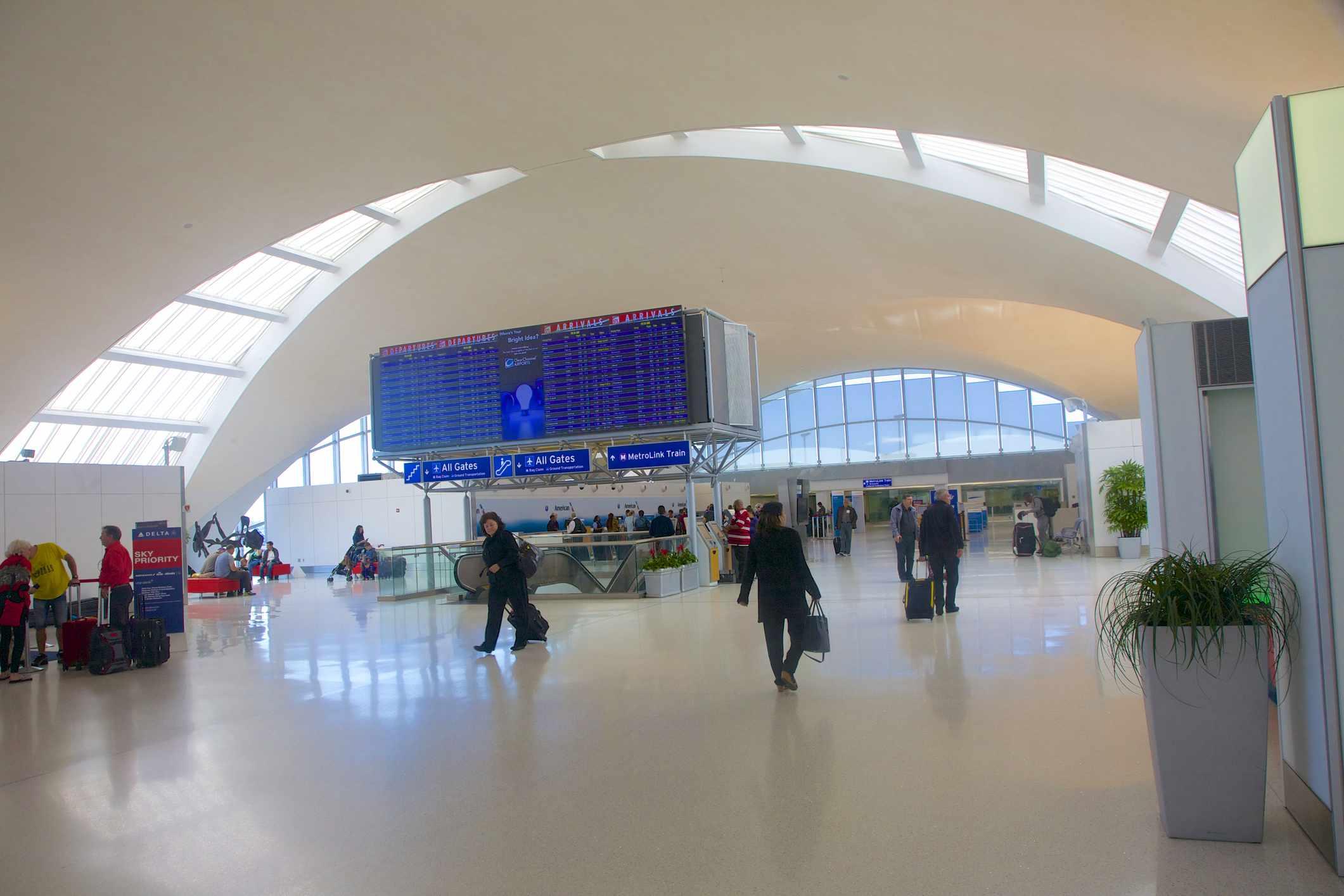St. Louis Lambert International Airport (STL)