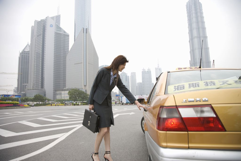 A Visitor's Tips for Taking a Taxi in China
