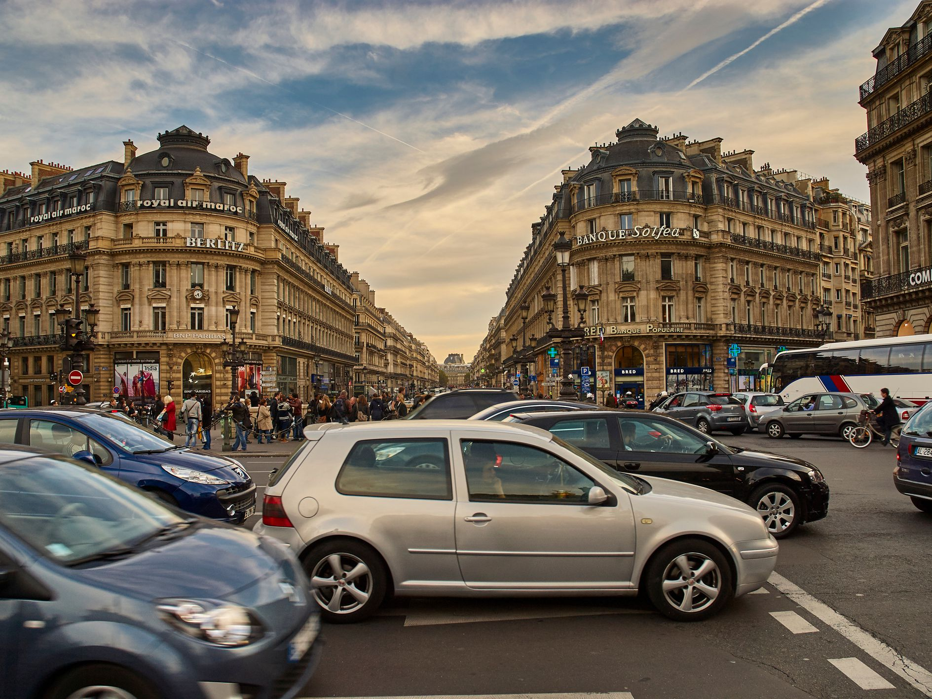 Driving in Paris, France: What You Need to Know