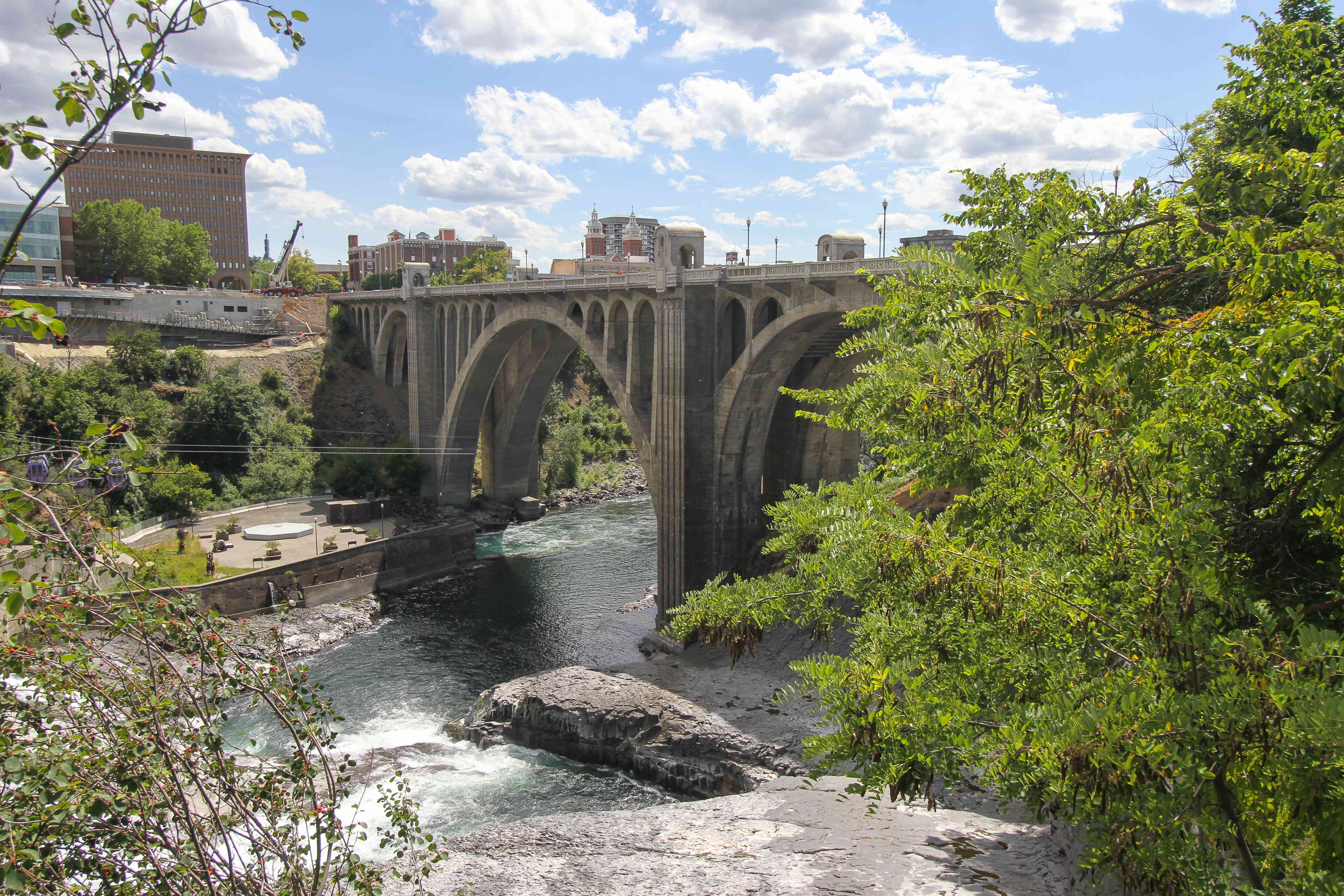Puente de la calle Monroe