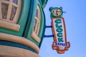 Toontown Clock, Disneyland