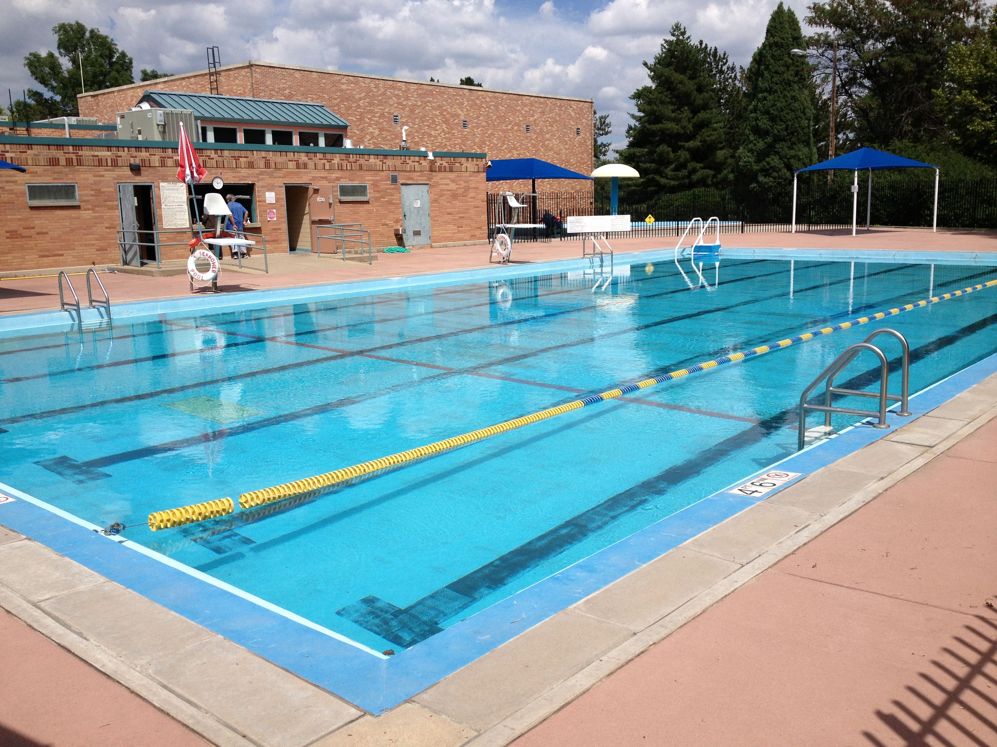 Swimming in Denver, CO: 16 Public Pools (List)