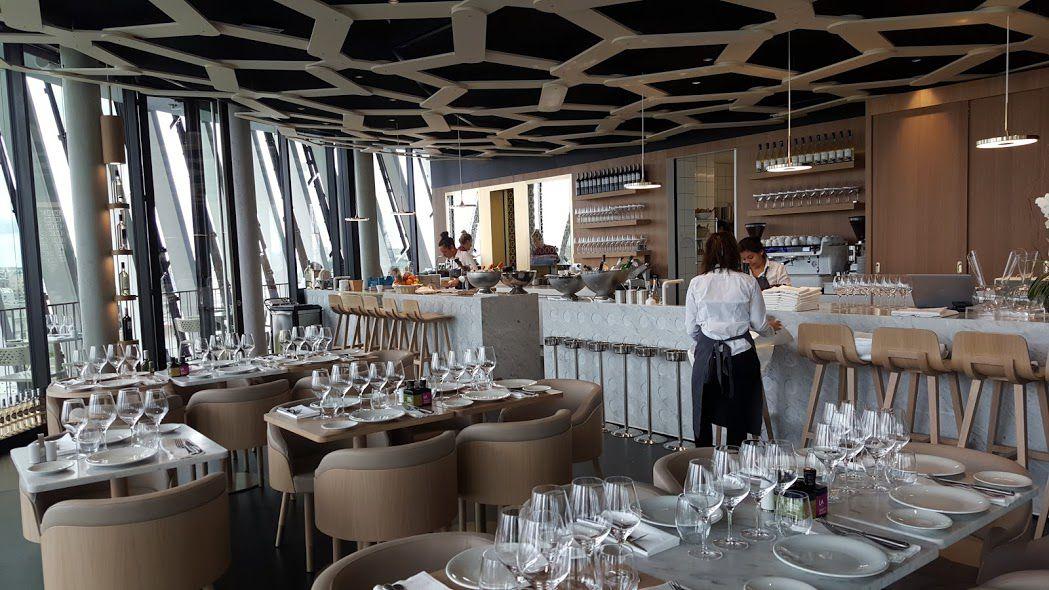 Bordeaux cite du vin restaurant