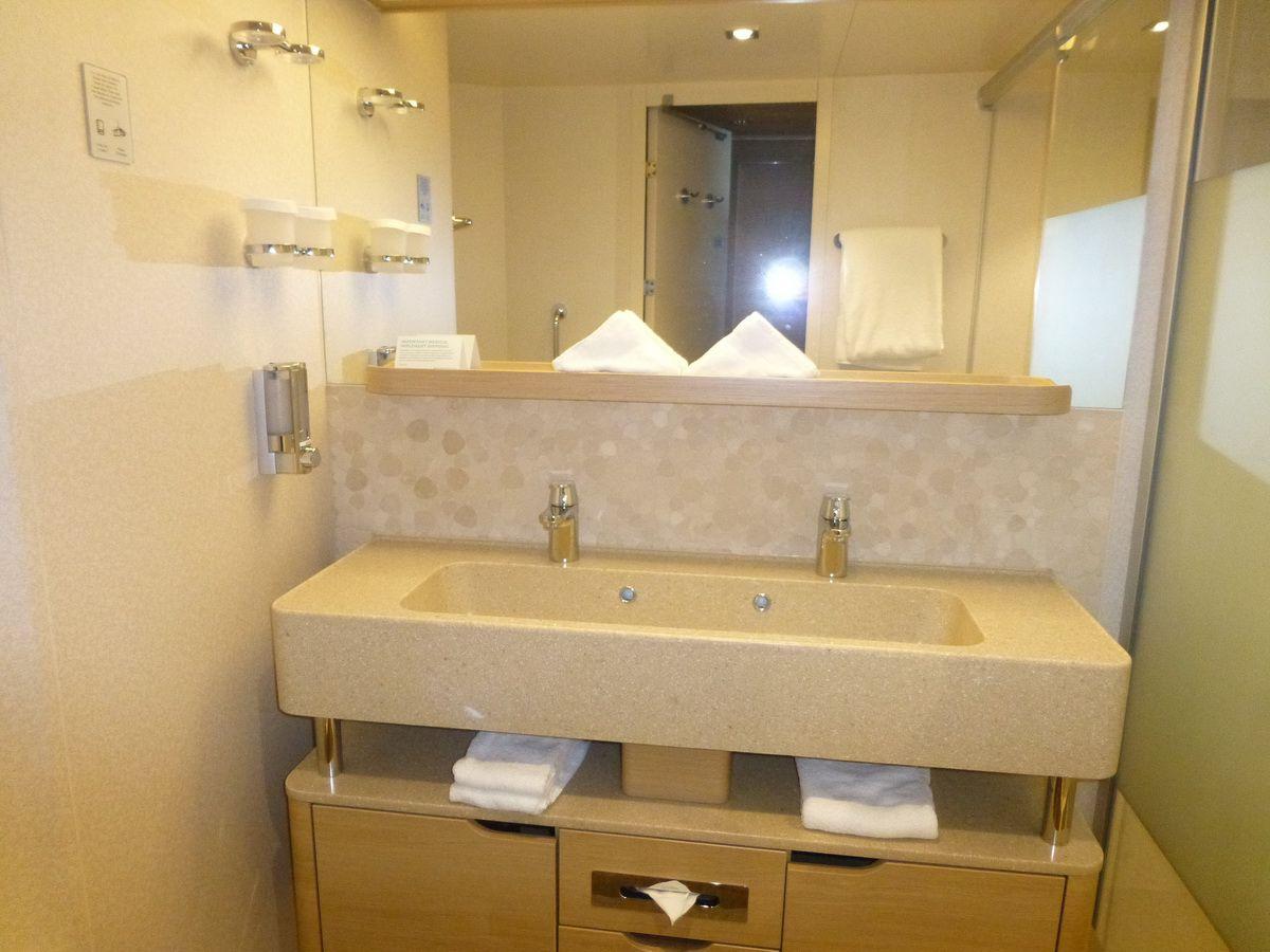 Norwegian Breakaway Spa Suite Bathroom