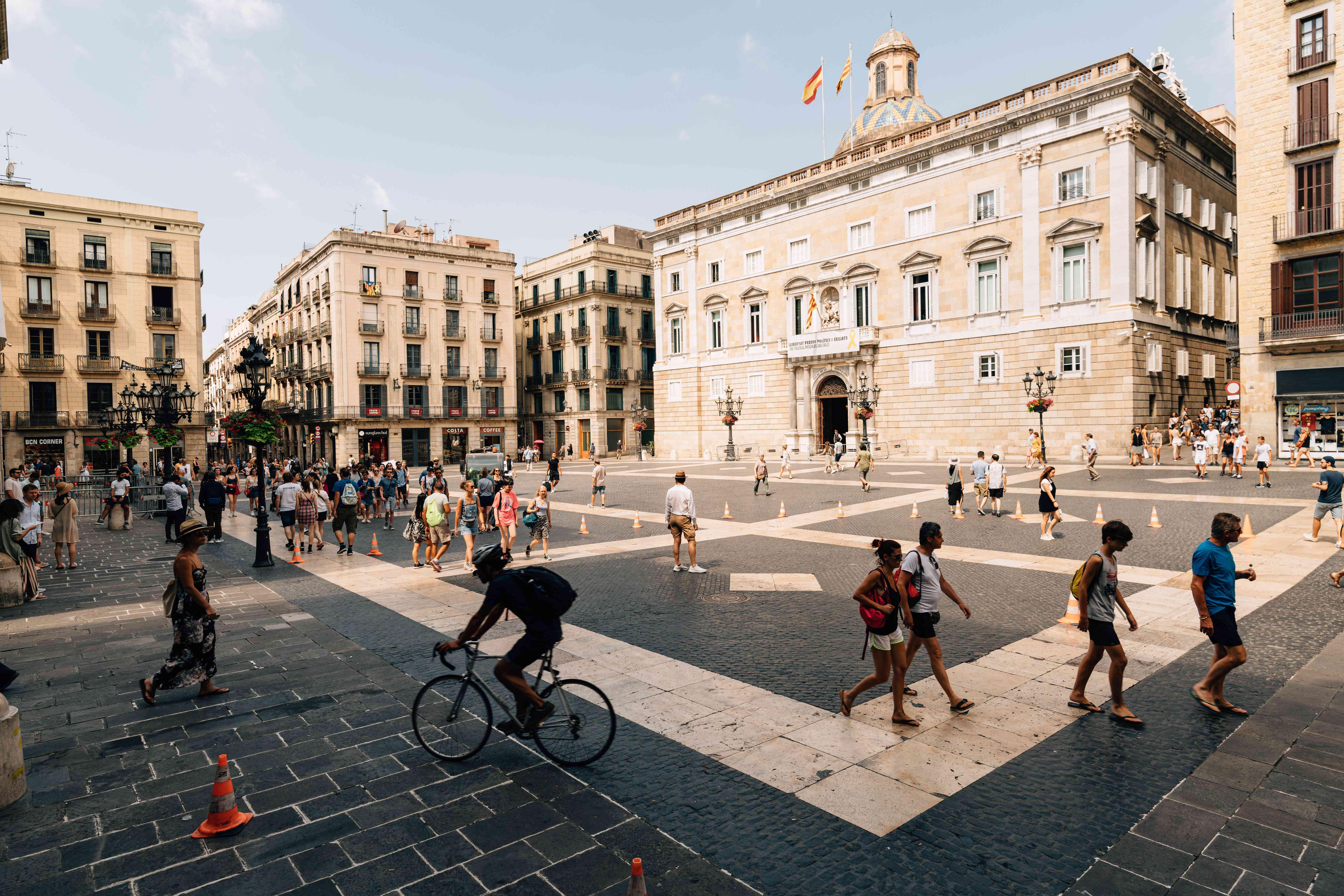 Placa Jaume on Las Ramblas