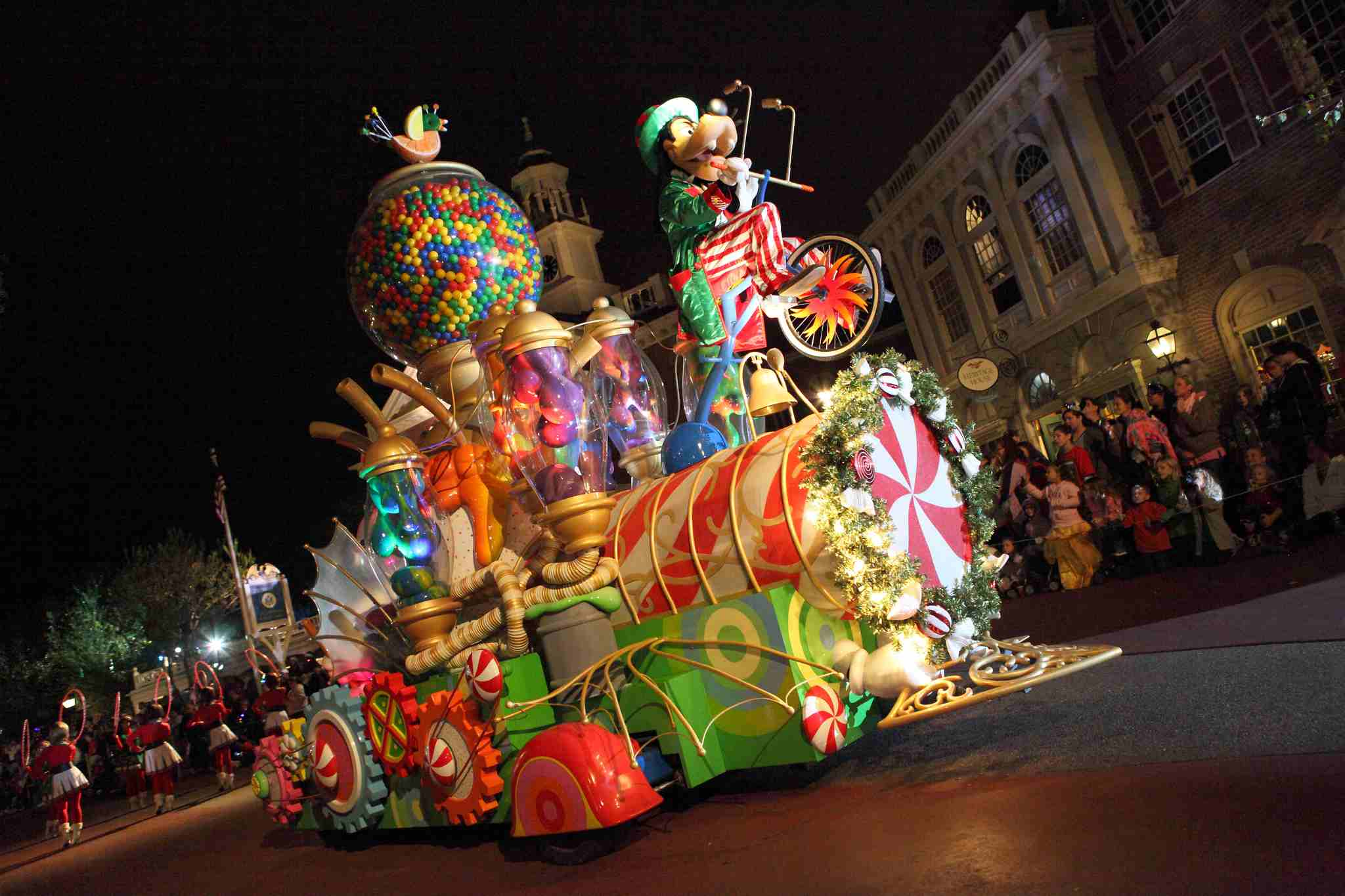 """Goofy in """"Mickey's Once Upon A Christmas"""" parade during Mickey's Very Merry Christmas Party 2012 in Magic Kingdom."""