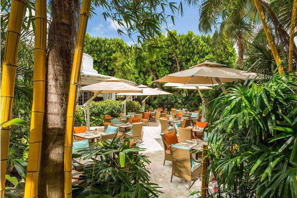 Essensia restuarant at The Palms Hotel & Spa