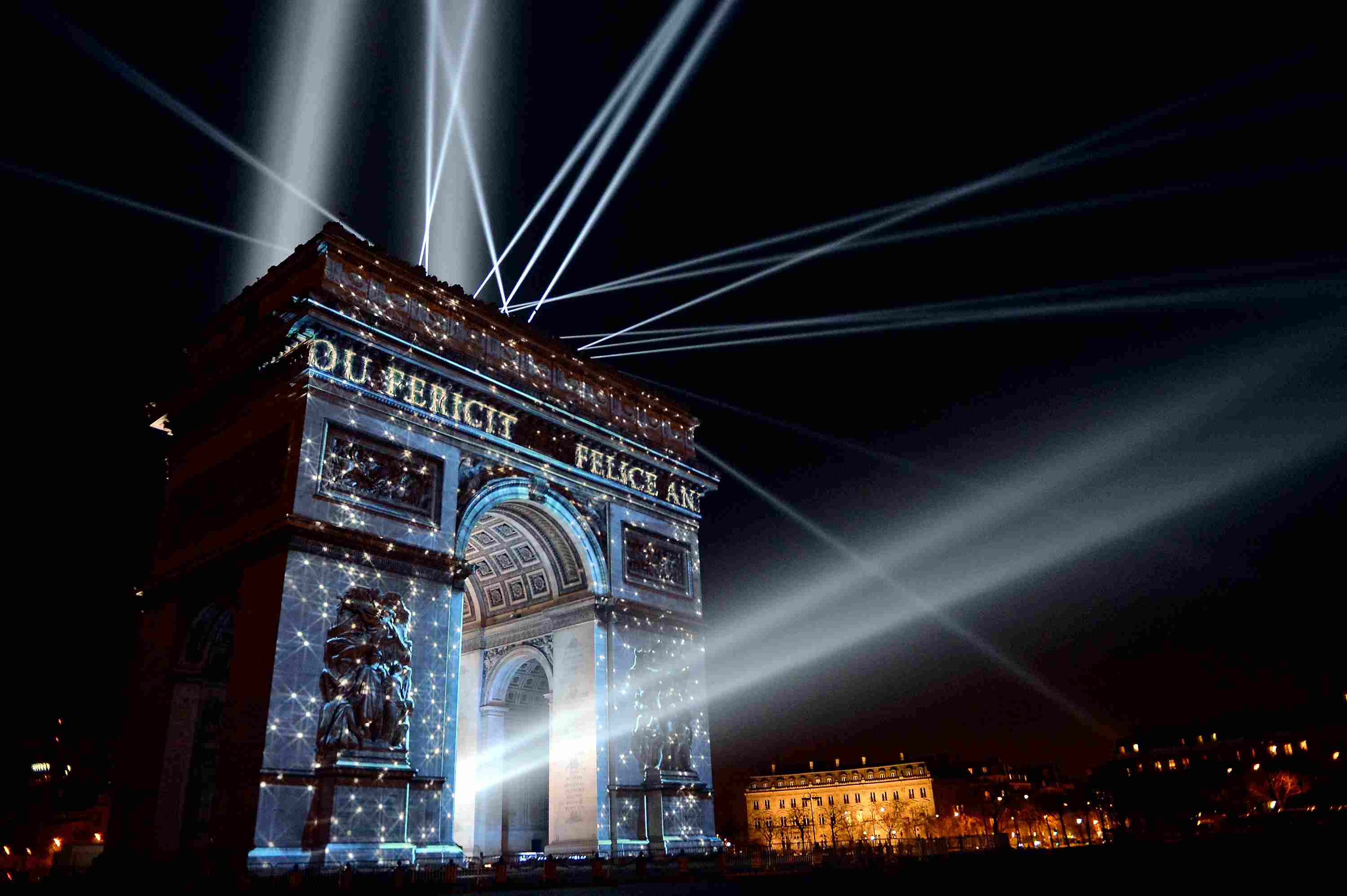 8 Ways to Celebrate New Year s in Paris