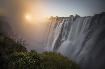 Guide to lake kariba in africa ambia victoria falls at sunset depicted from zambian side zimbabwe publicscrutiny Images