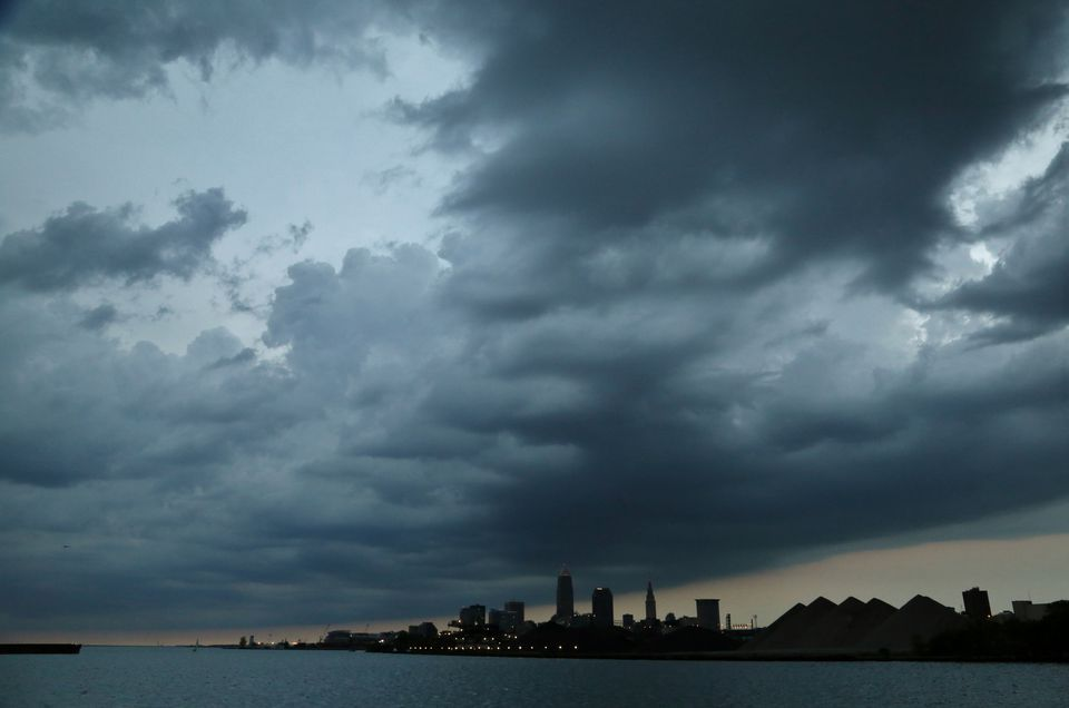 Extreme Weather moves over the small city