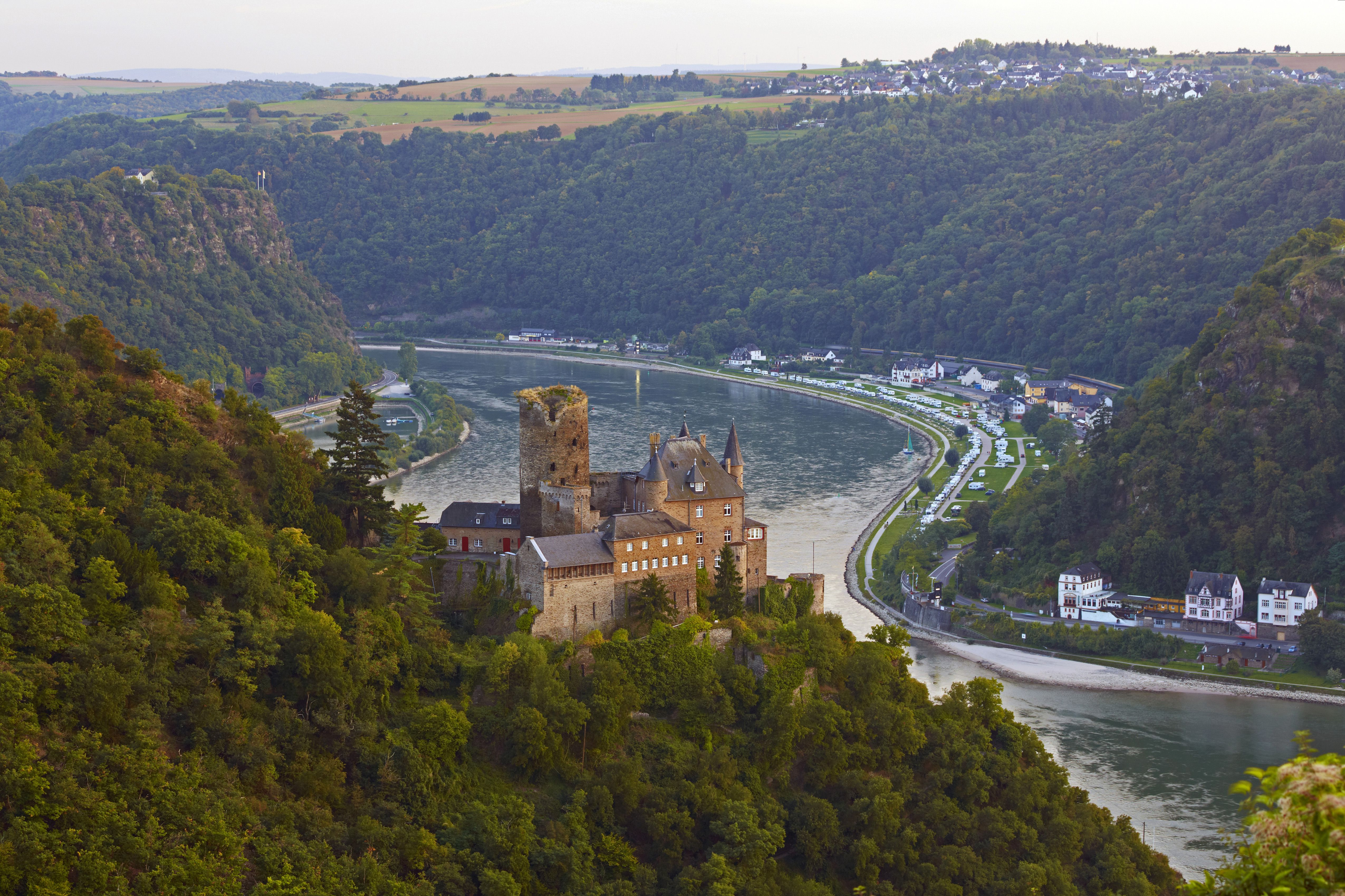 View towards Burg Katz and Loreley, Mittelrhein, Middle Rhine, Rhineland - Palatinate, Germany