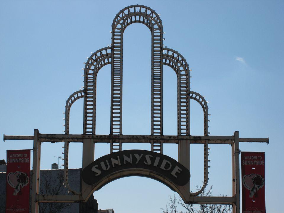 Sunnyside Queens Arch