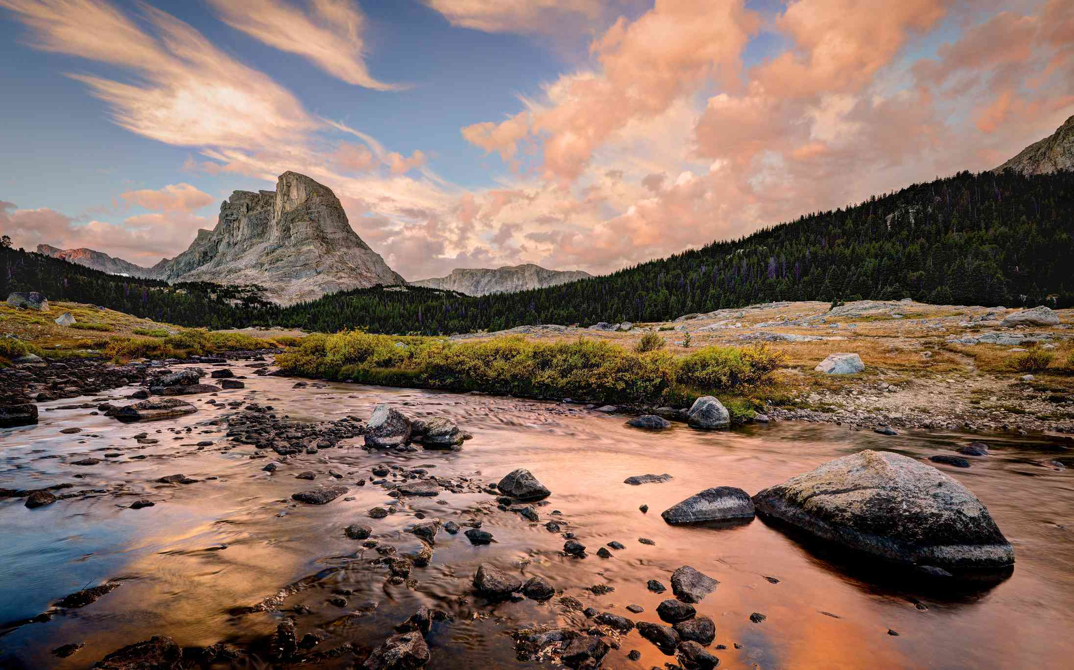 Buffalo Head and the Little Wind river (sunrise)