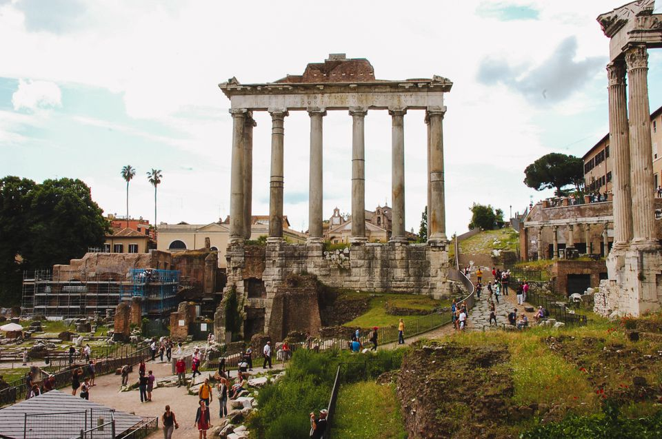 ruin in rome