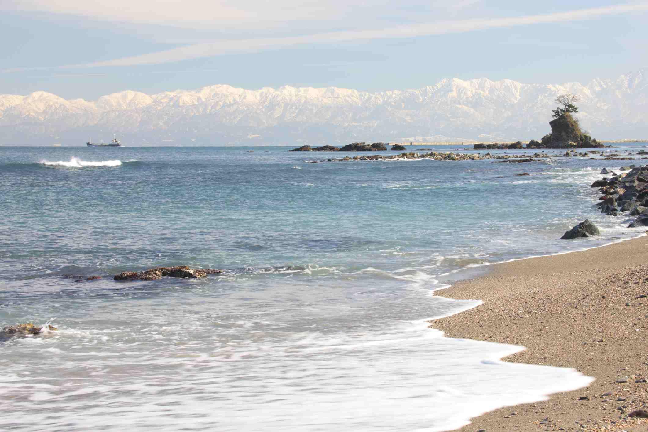 Toyama Beach