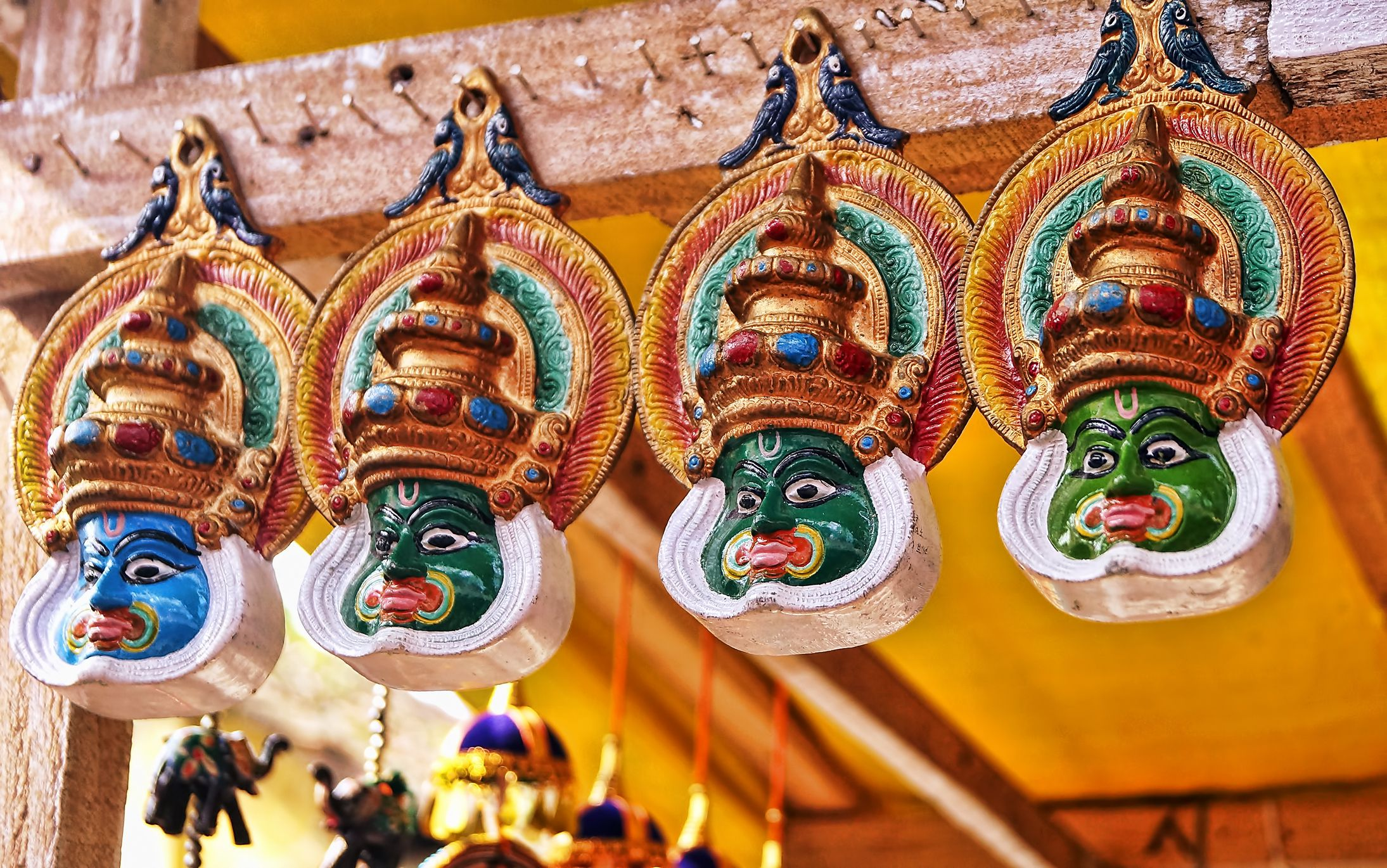 Máscaras Kathakali en venta