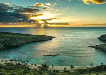 Sunset over Hanauma Bay on Oahu