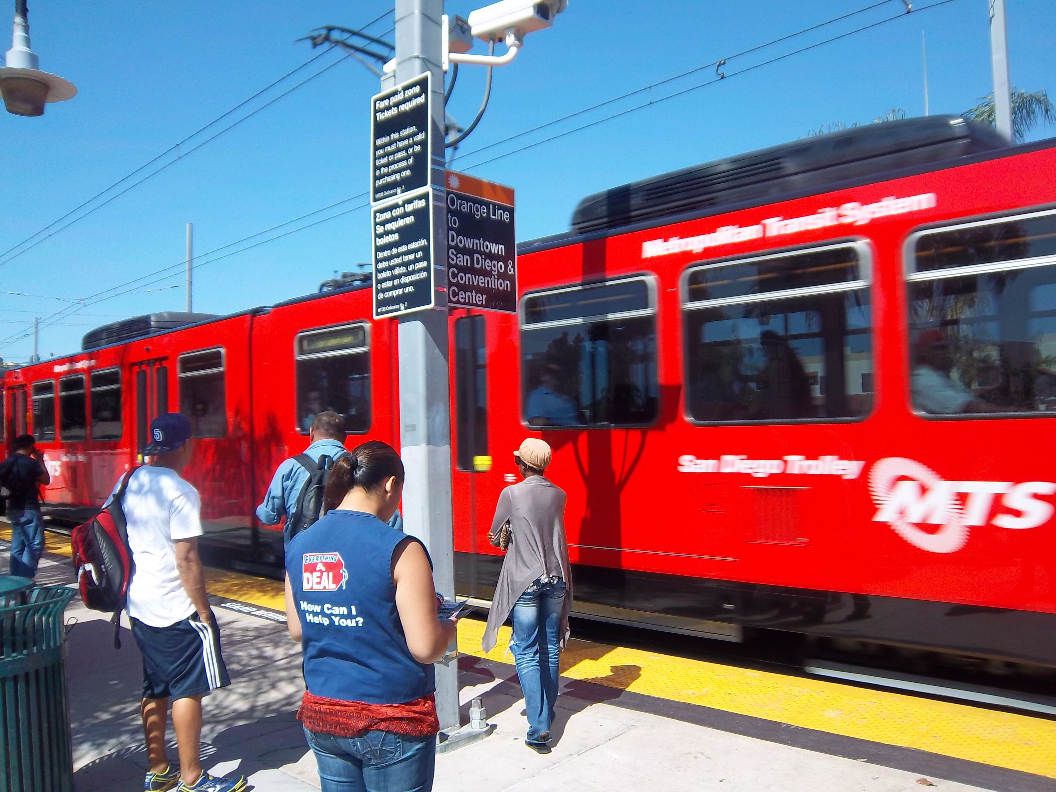 Information and Tips for Riding the San Diego Trolley