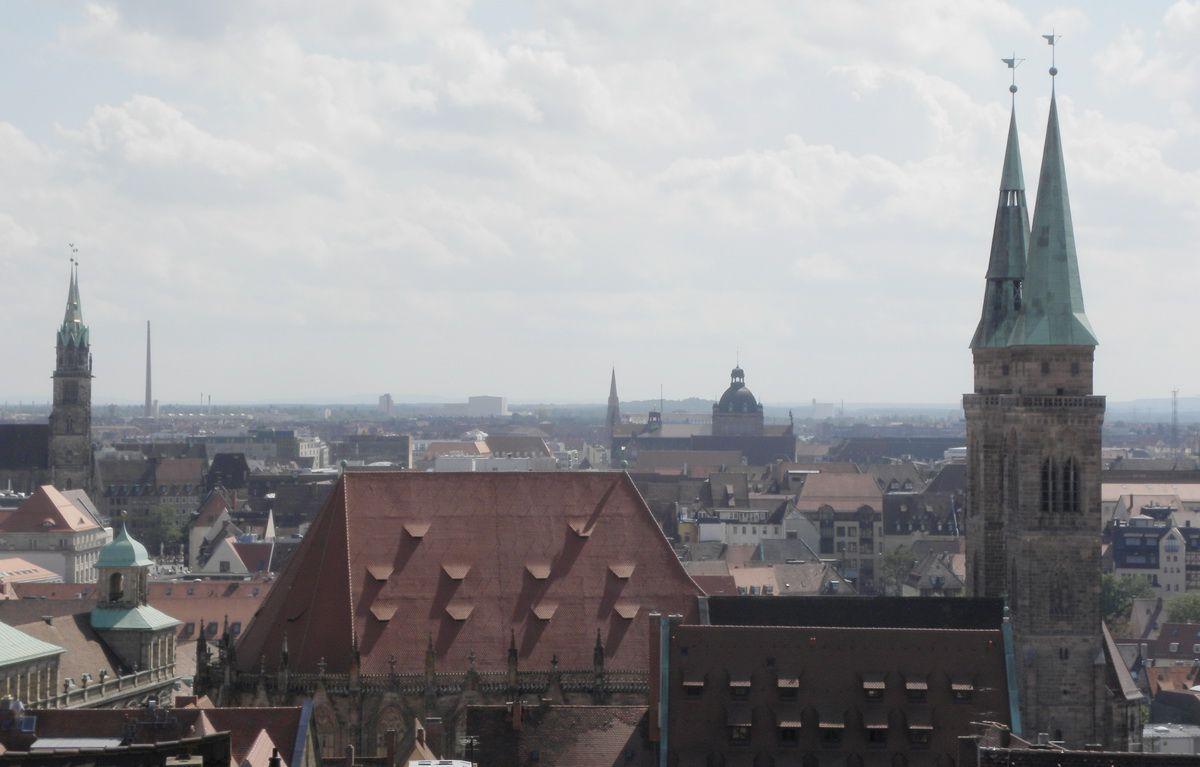 Vista del casco antiguo de Nuremberg desde el castillo de Nuremberg