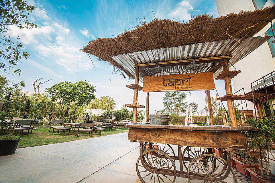 14 Tantalizing Tea Shops and Tea Cafes in India [With a Map]