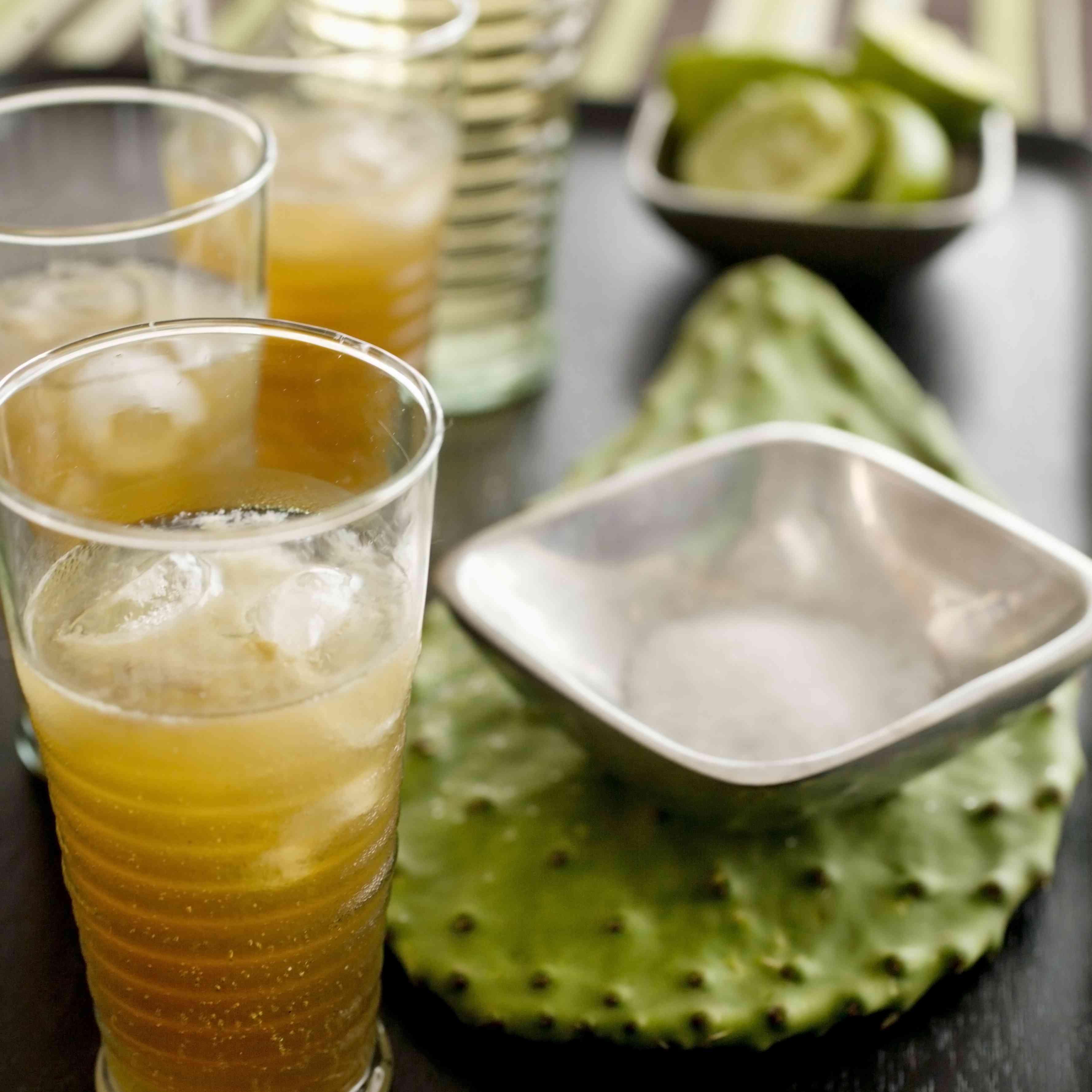 Tequila cocktails to make batanga