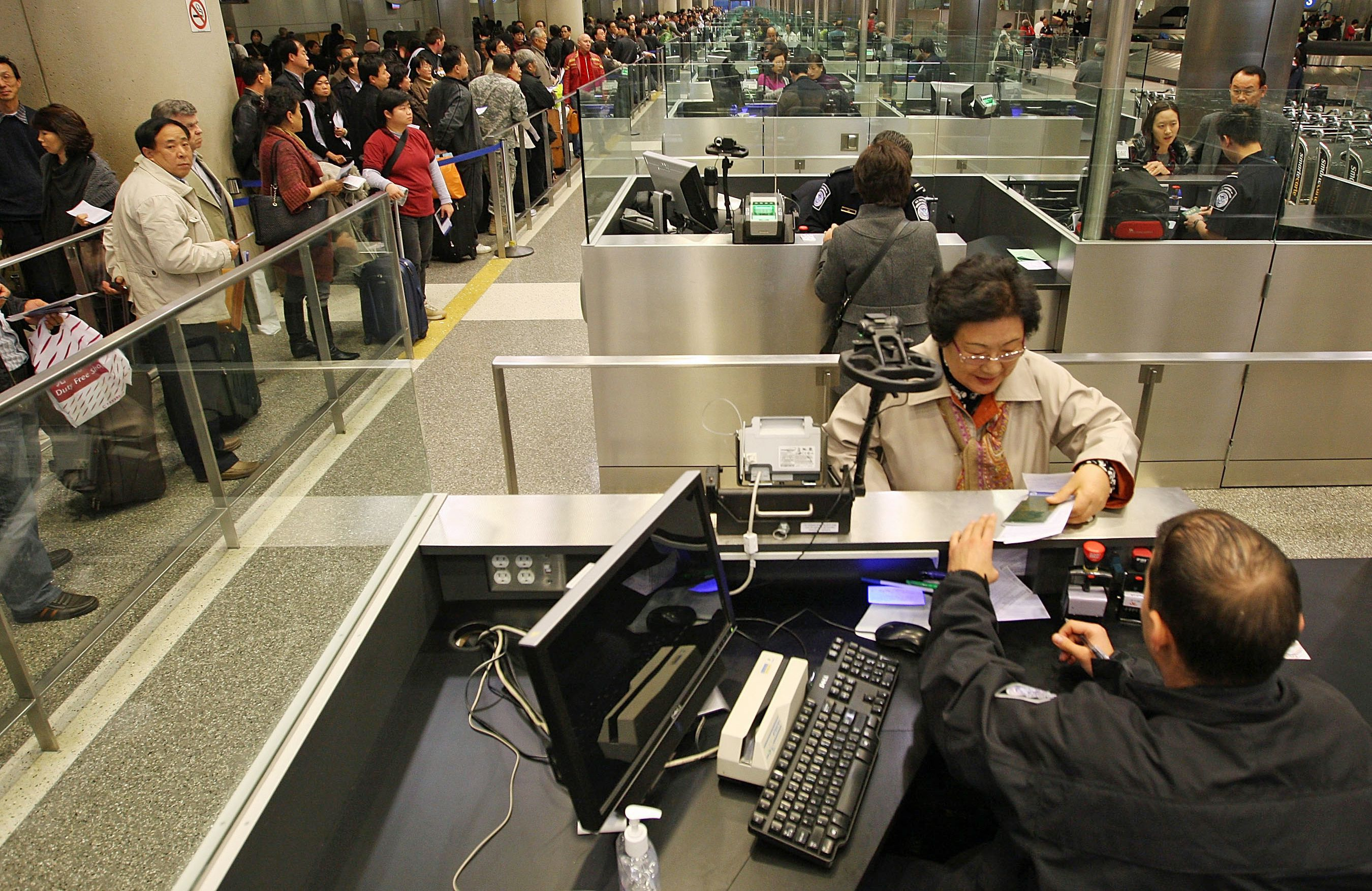 bypass long us customs lines with a global entry card