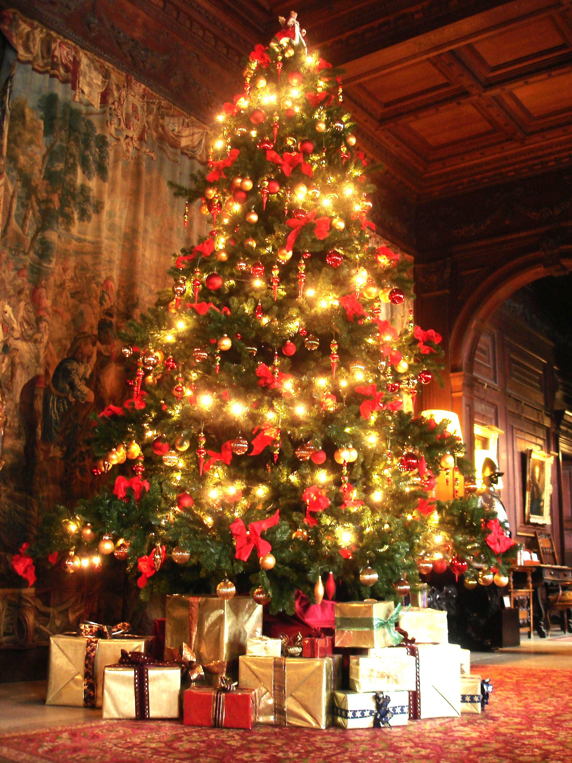 Best UK Country House Holiday Breaks for Christmas