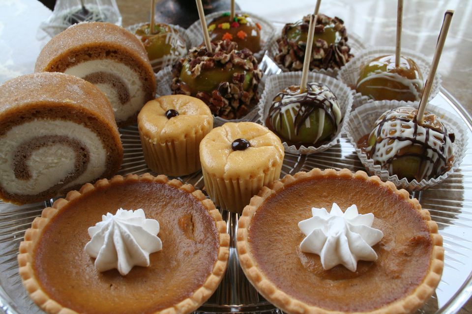 Favorite fall foods: pumpkin pies, candy apples, and more!