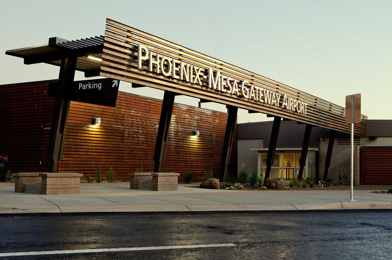 The entrance to Phoenix-Mesa Gateway Airport