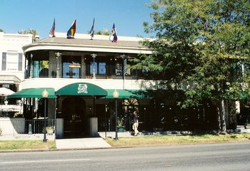 Gay Nightlife in Kansas City: Best Bars, Clubs, More