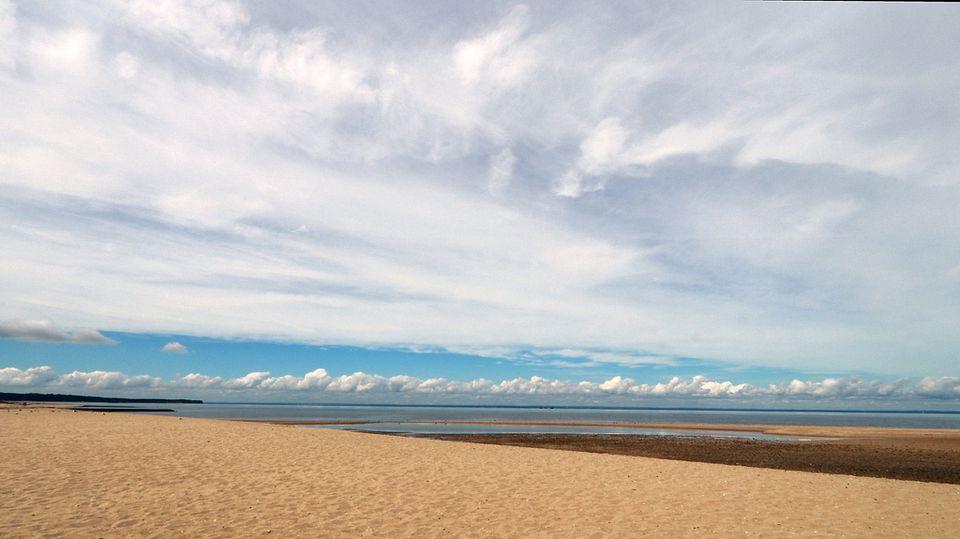 Crab Meadow Beach
