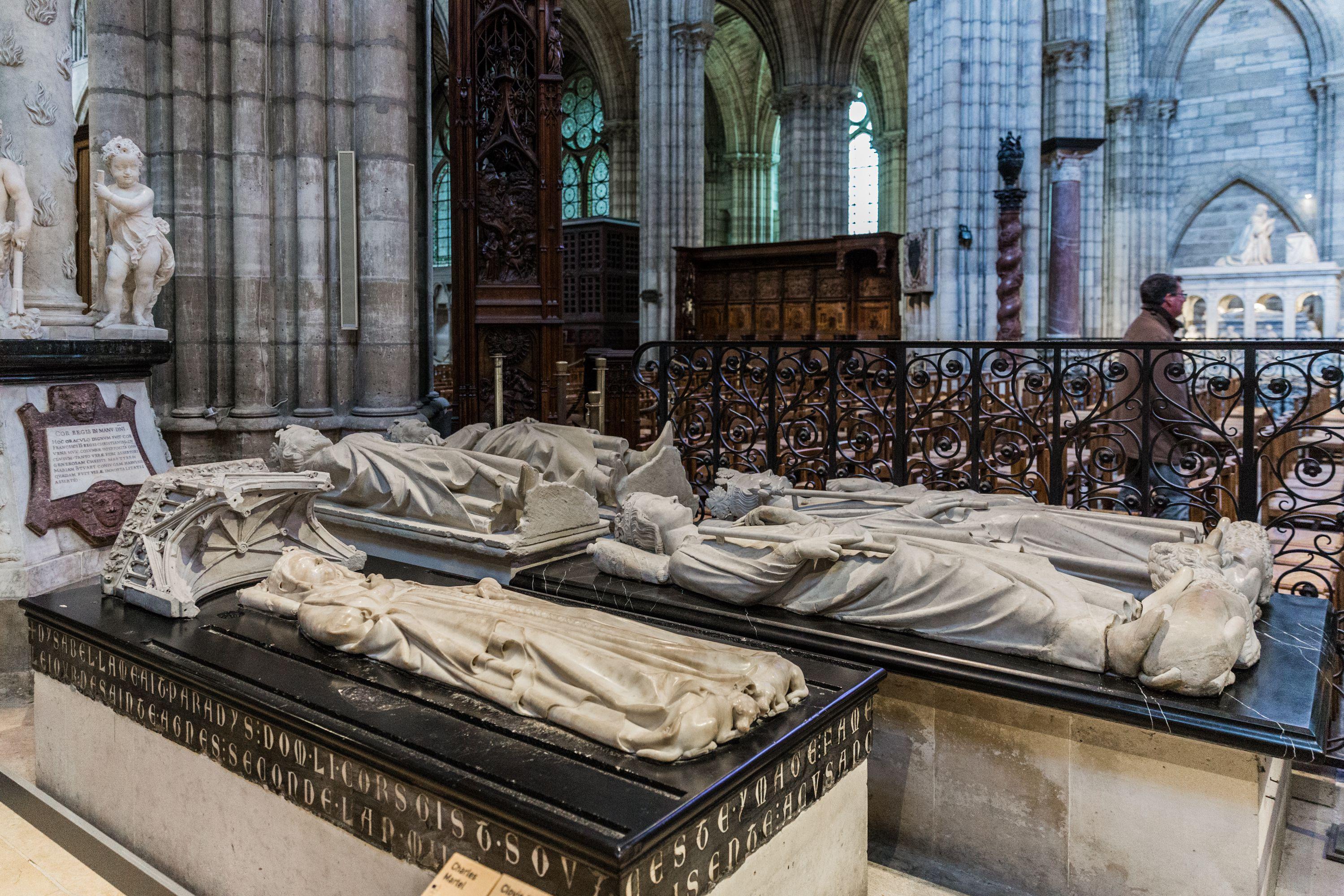 Basílica Catedral de Saint-Denis, Real Necrópolis de los Reyes y Reinas de Francia, Necrópolis de la Reyes de Francia