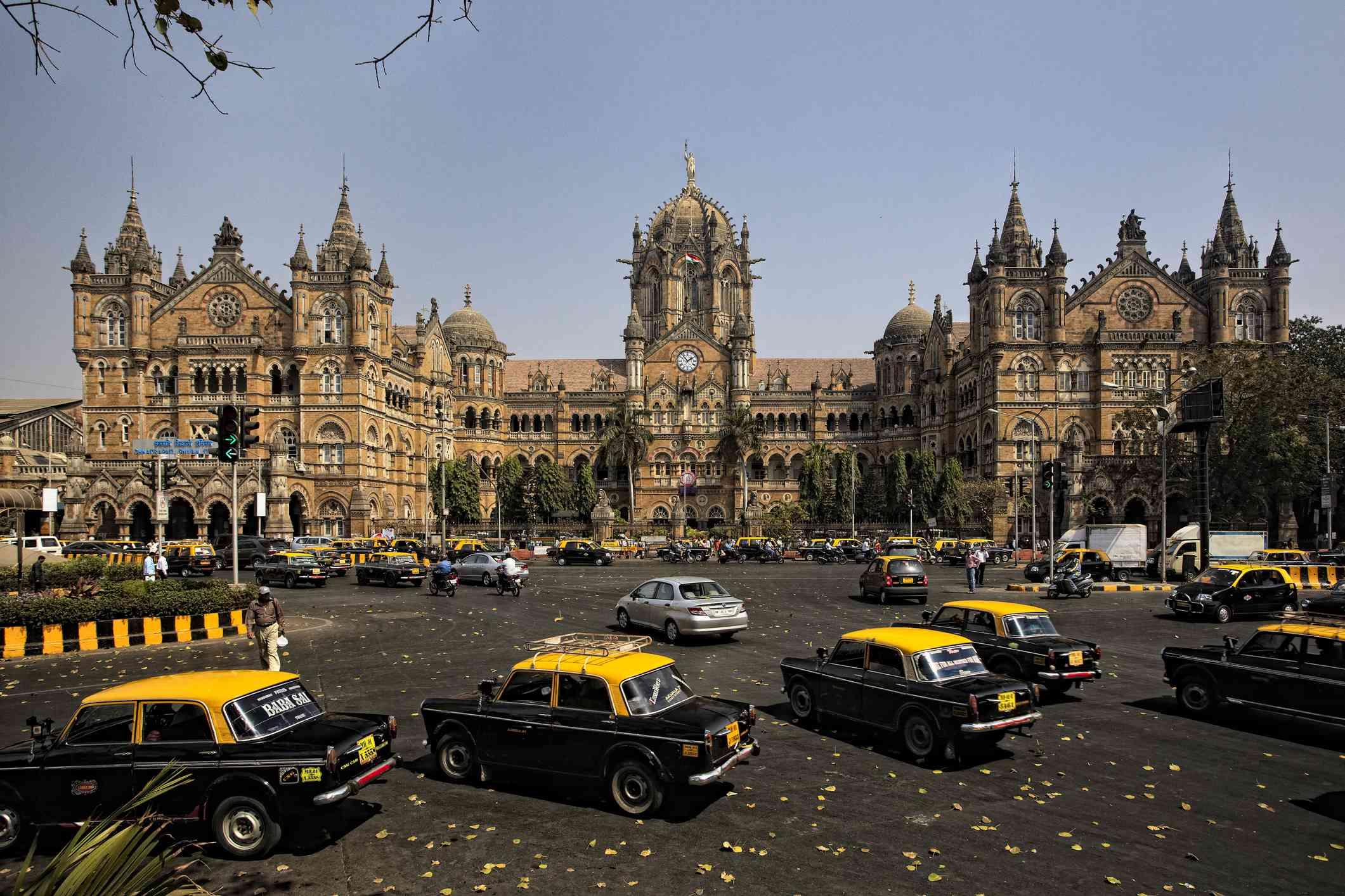 Mumbai Railway Station, Victoria Terminus, CST