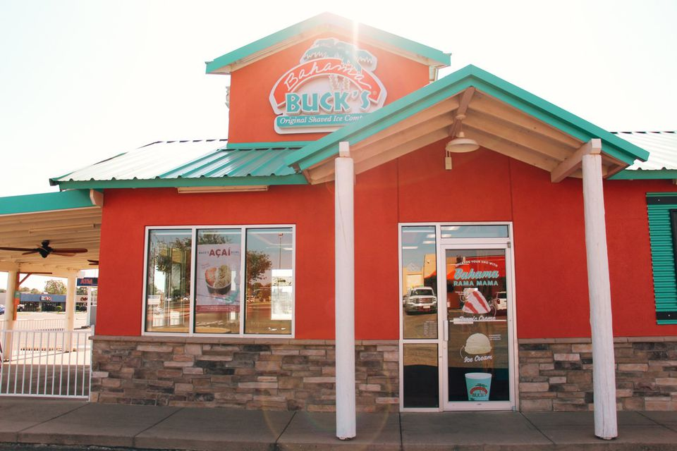Exterior of Bahama Buck's