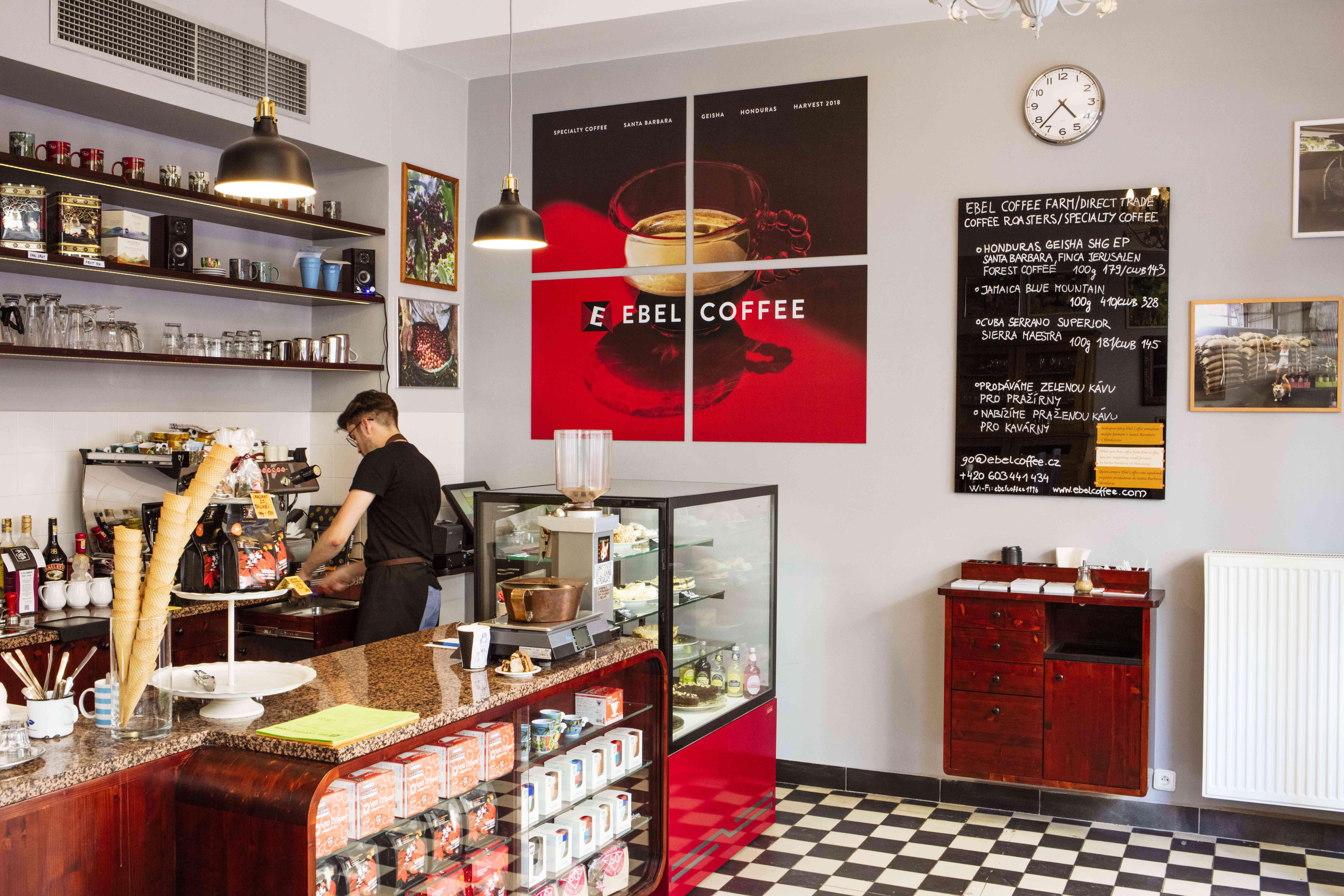Registro y puesto de café