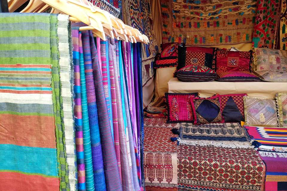 12 Authentic Places To Buy Unique Handicrafts In India