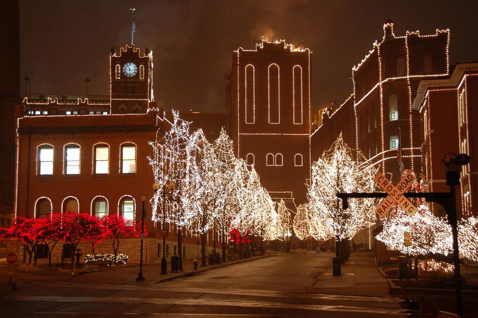 anheuser busch christmas lights - Bay Area Christmas Radio Stations