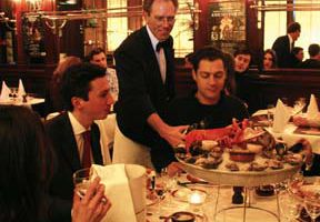 Learn basic restaurant vocabulary for eating out in Paris.
