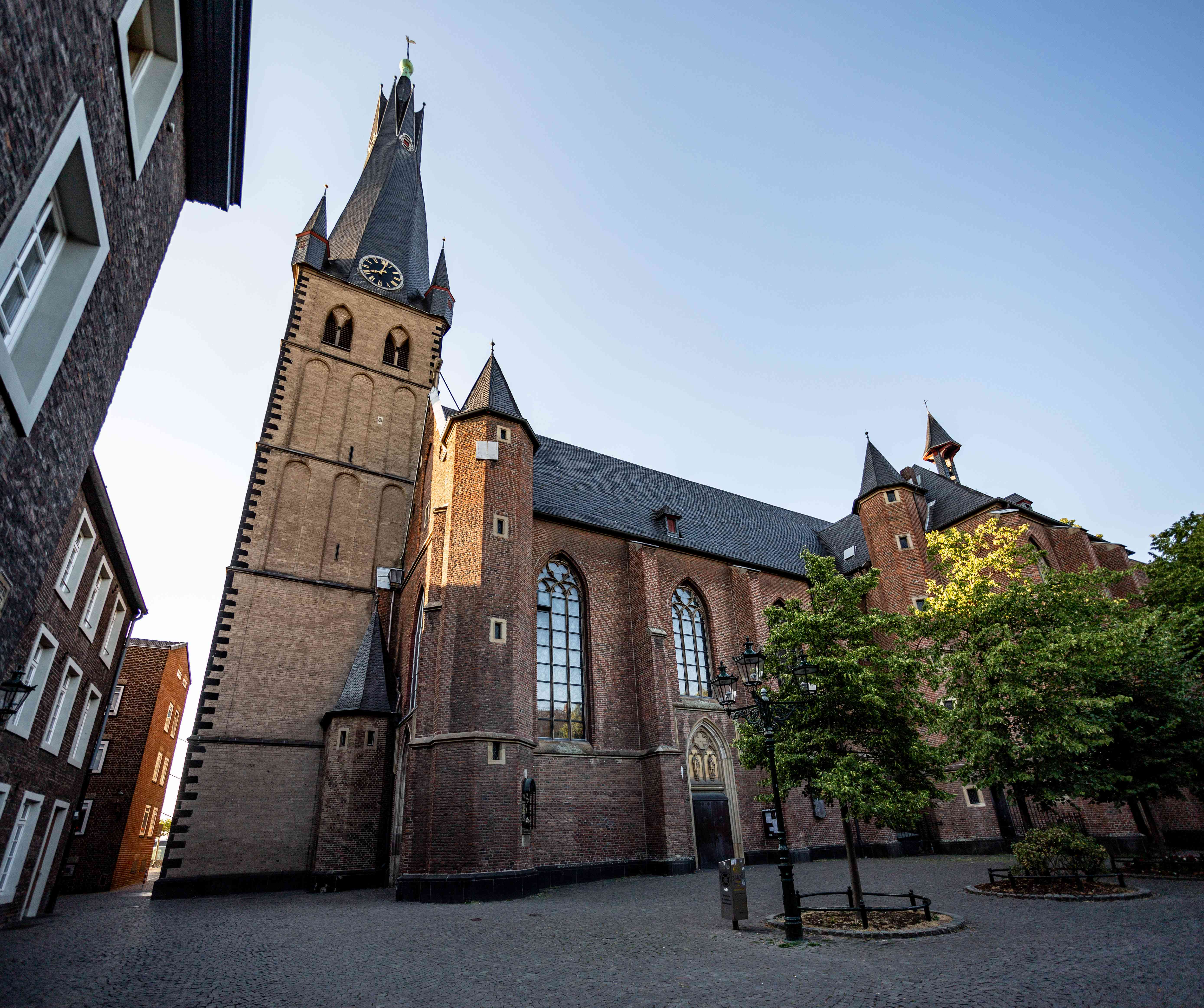 St Lambertus Cathedtral exterior