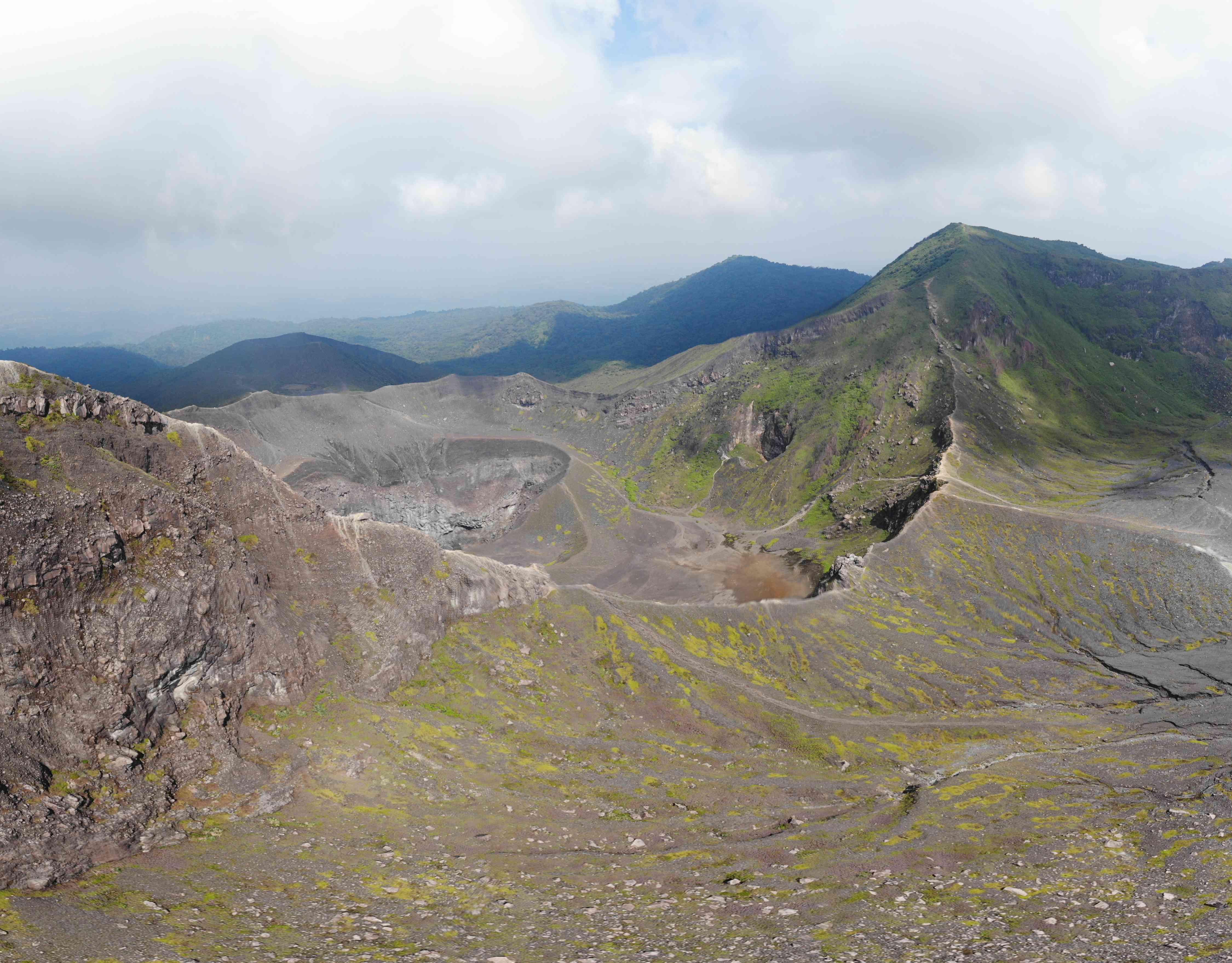Mount Kaba volcano hike near Bengkulu, Sumatra
