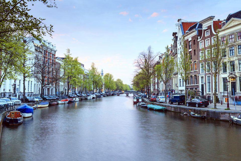 Amsterdam al anochecer