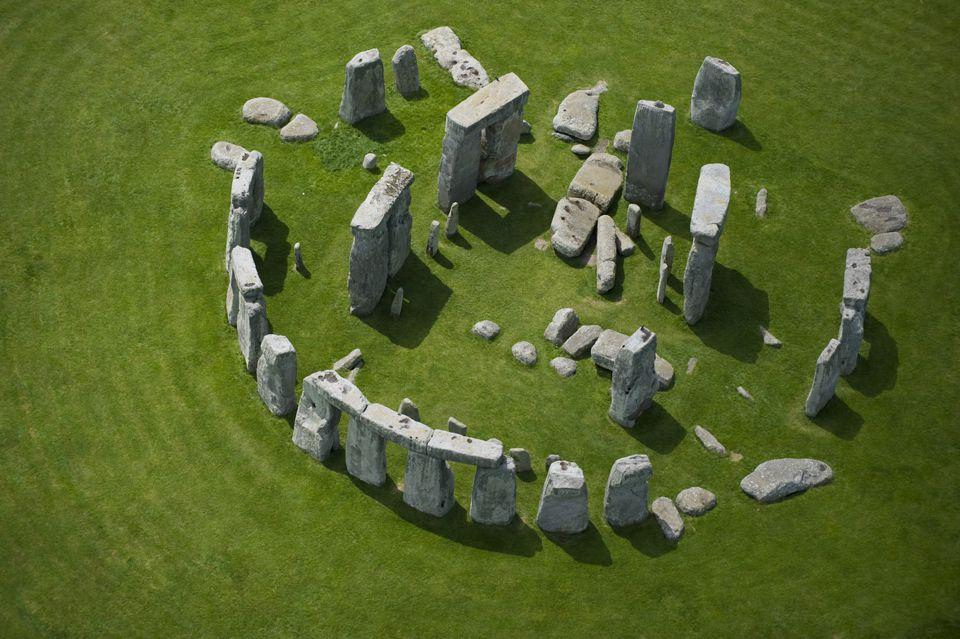 stonehengejasonhawkes.jpg