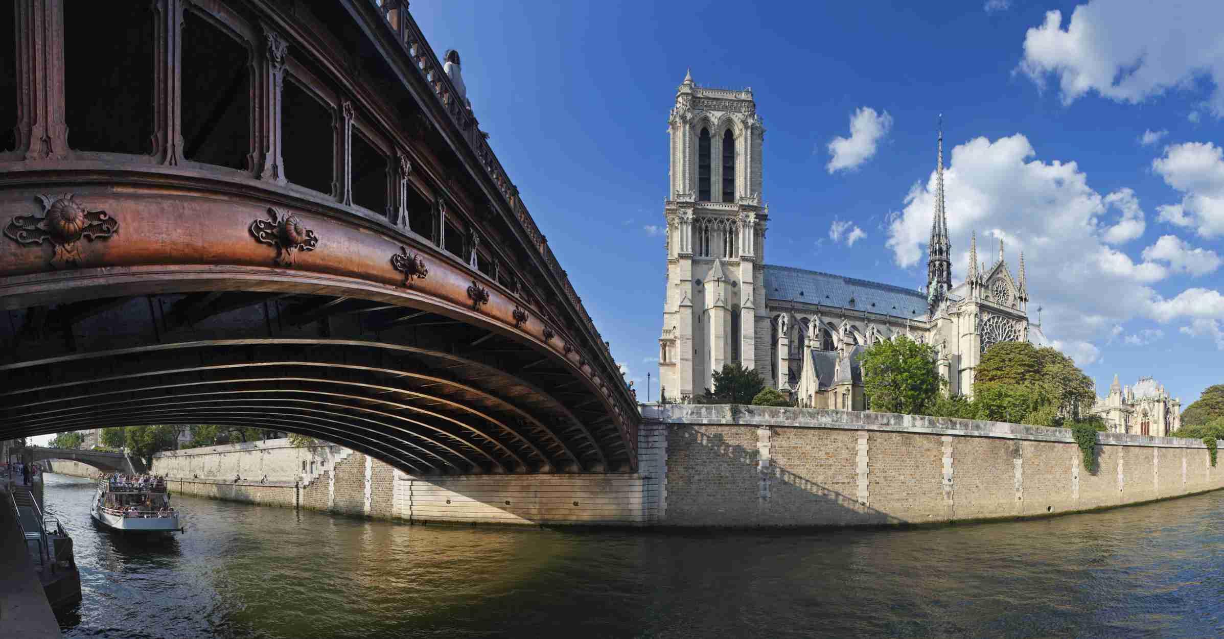 The Most Beautiful Bridges In Paris