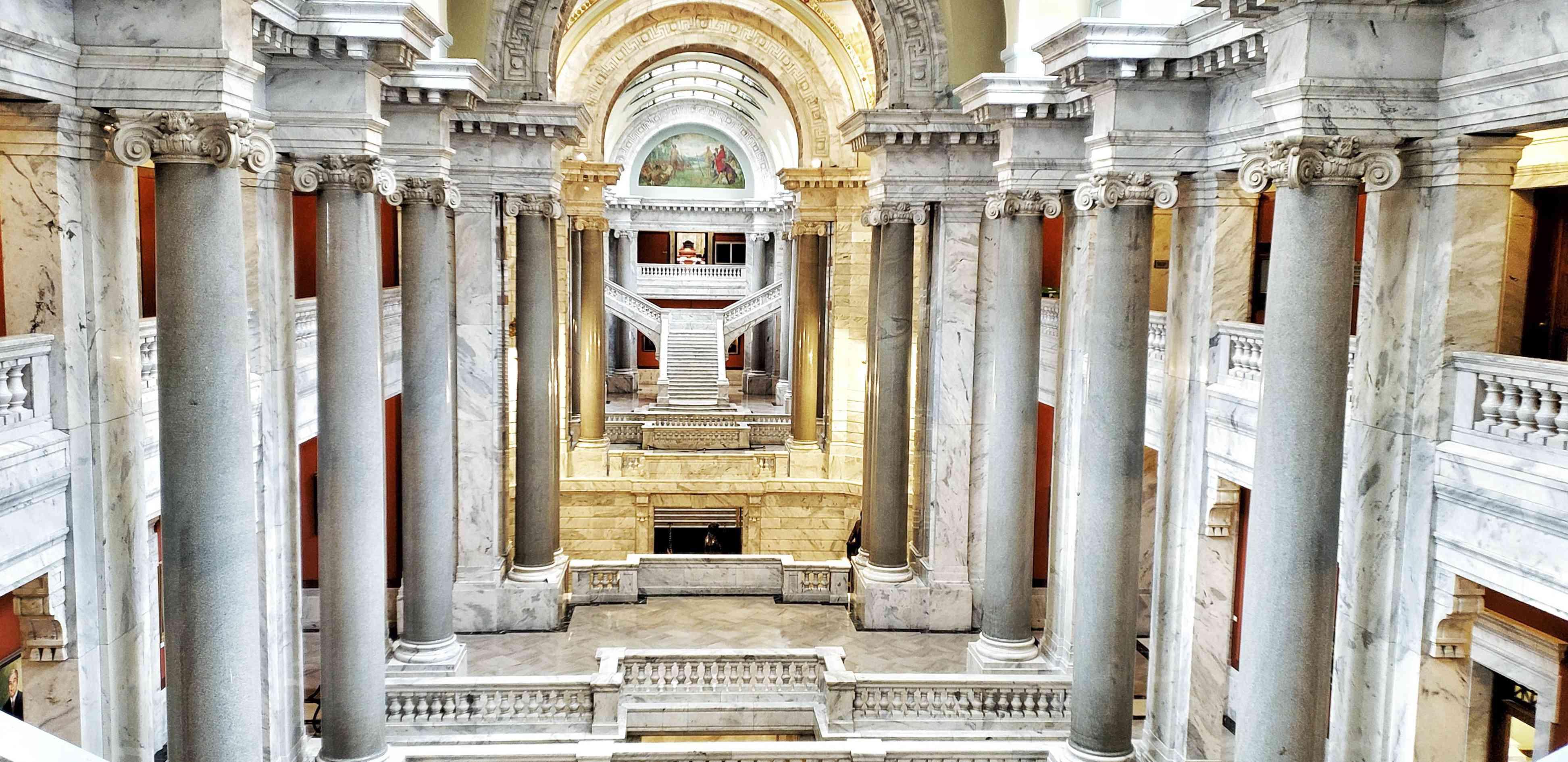 Kentucky State Capitol Columns