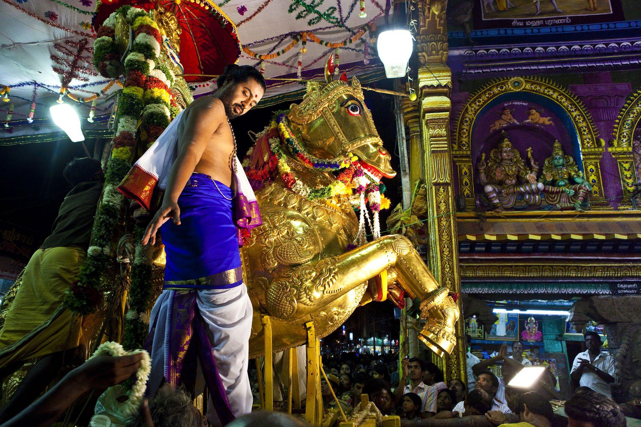 2019 Madurai Chithirai Festival: Essential Guide