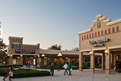Outlet Shopping Malls Near Washington D C