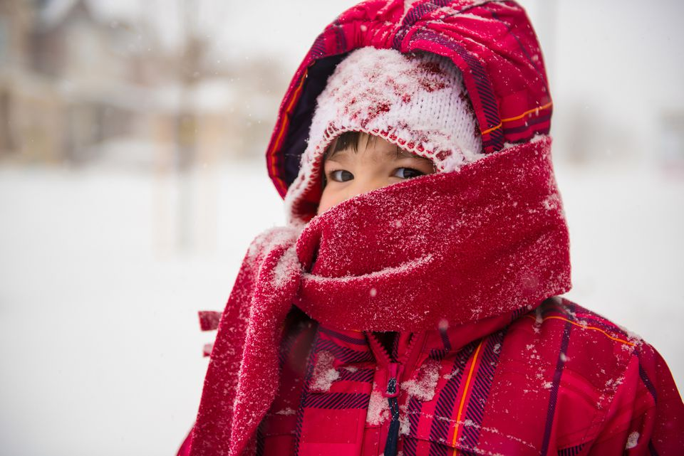 Frostbite risk by temperature can be reduced with the right clothing and strategy.