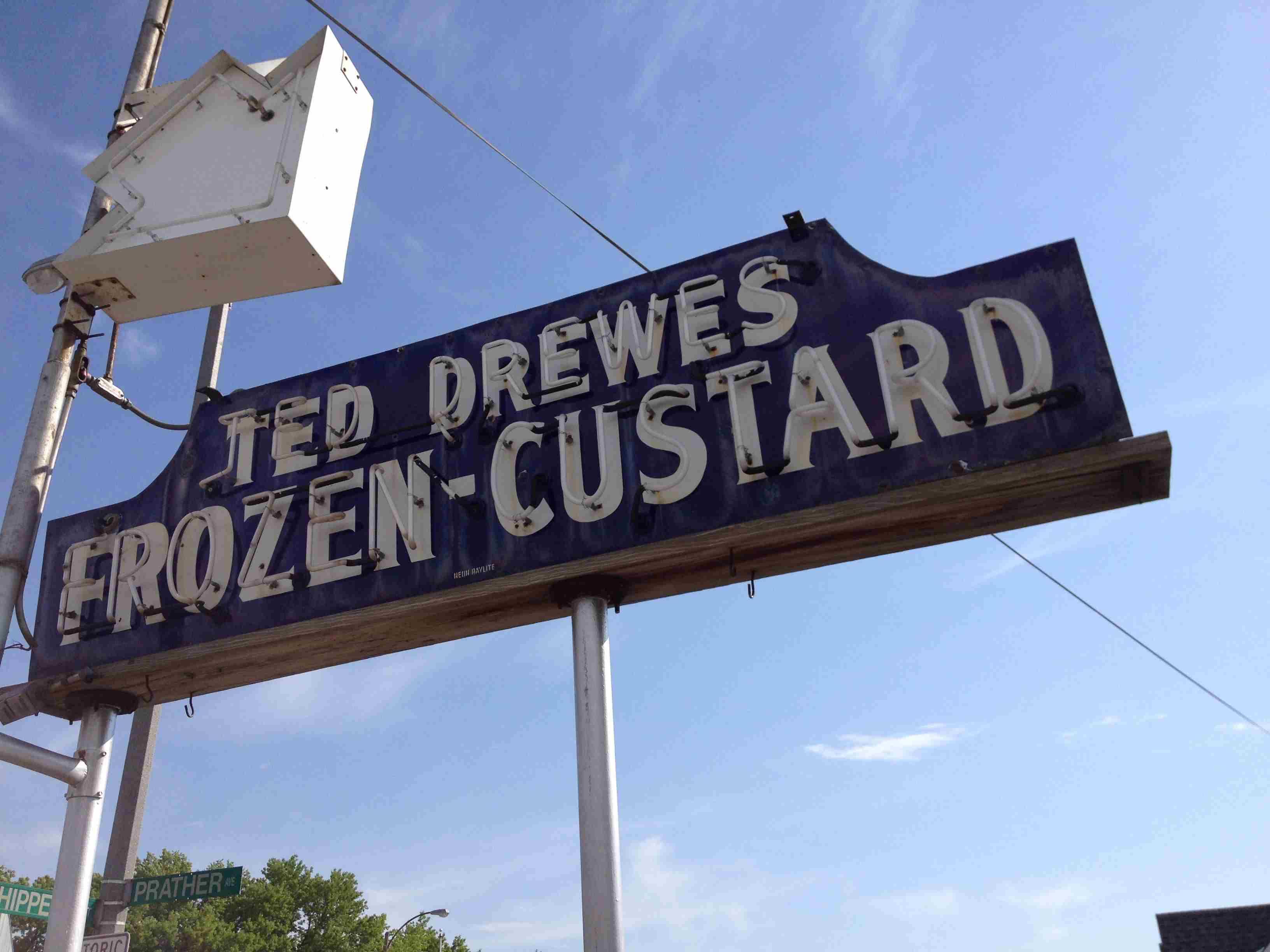 Frozen custard sign
