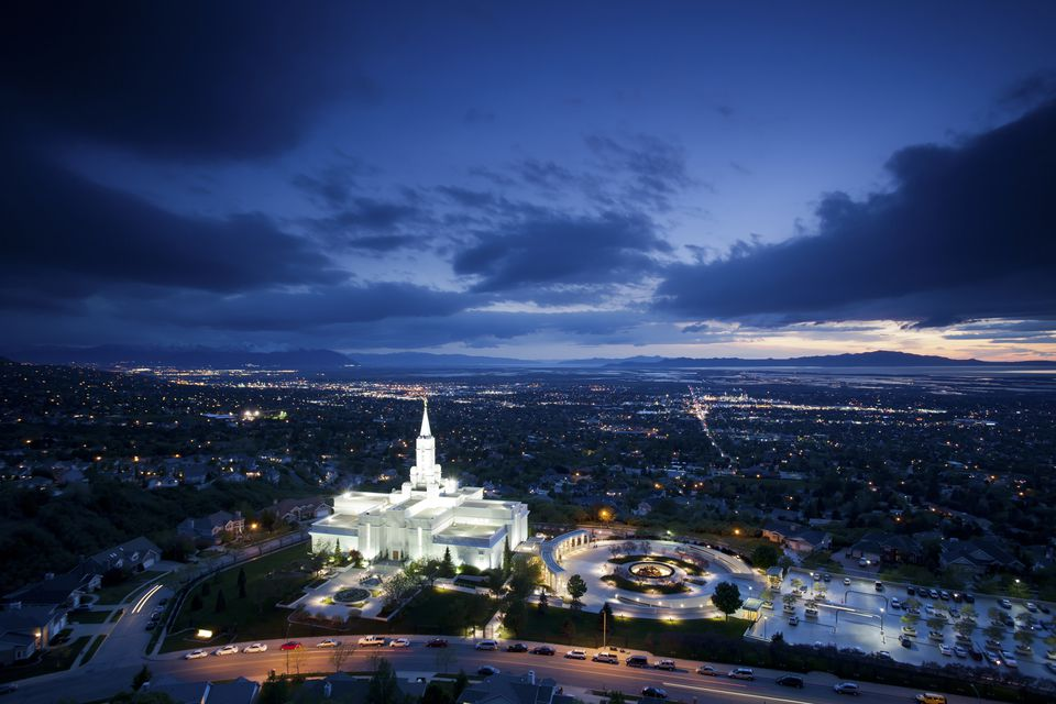 The Mormon (LDS) Temple in Bountiful Utah sits above the Great Salt Lake at dusk.